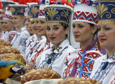 rushnyk, women, bread
